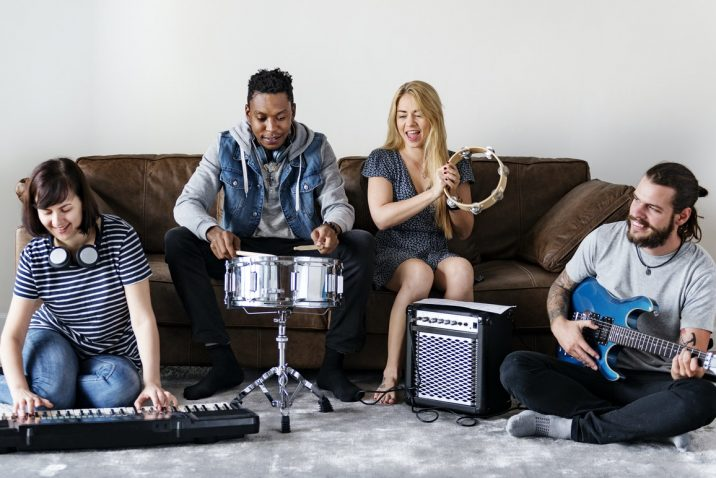 Vitamin Drum - Group of friends playing music